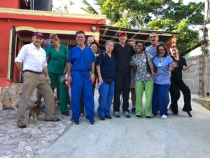 Dr. Hart and volunteers in the Dominican Republic